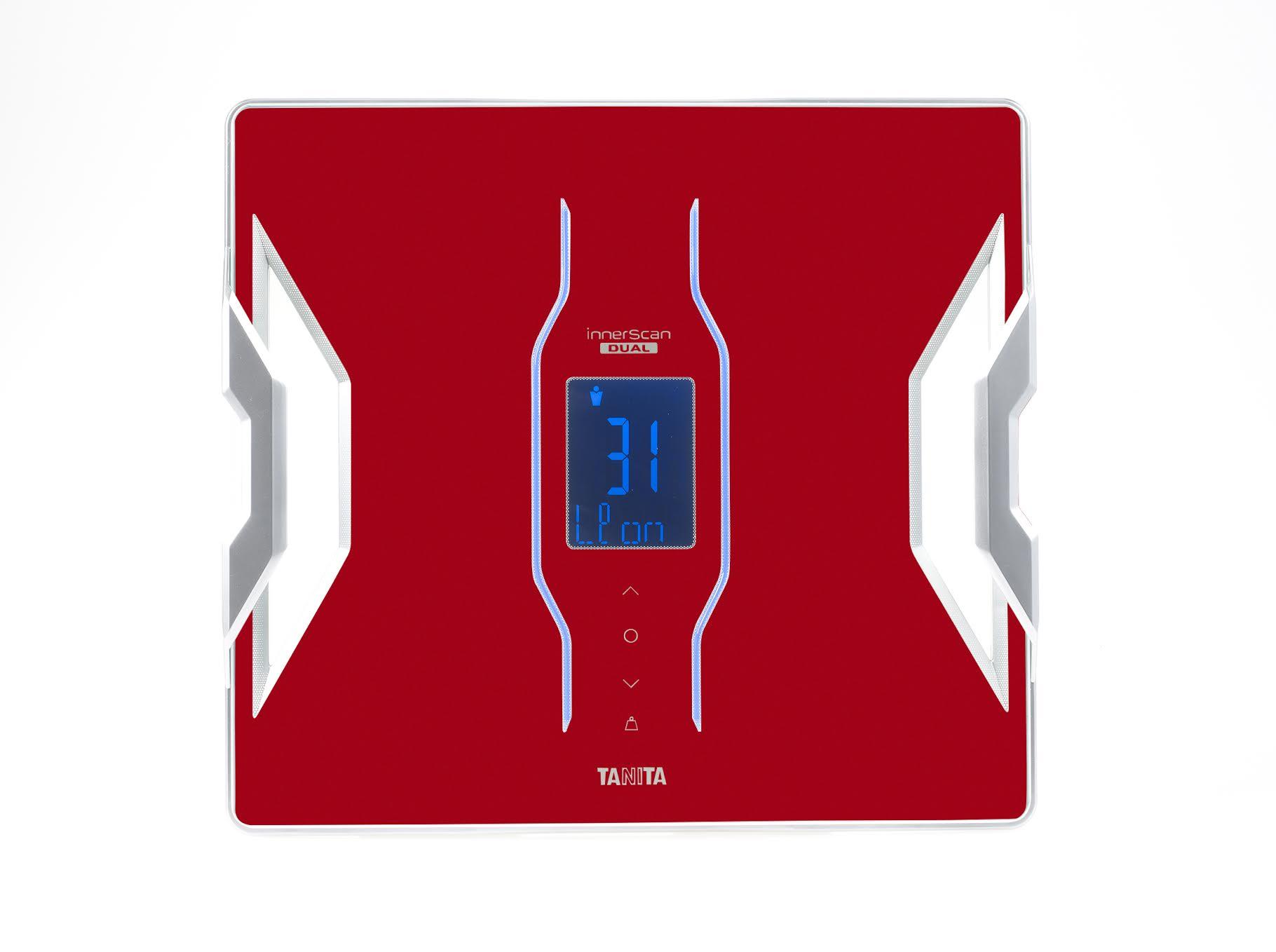 Inteligentní osobní váha Tanita RD 953 s tìlesnou analýzou a pøipojením Bluetooth - barva èervená