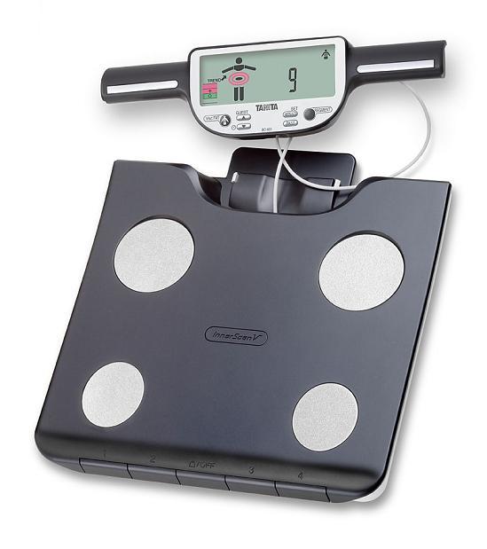 Osobní digitální váha se slotem pro SD kartu a segmentální analýzou Tanita BC-613 S